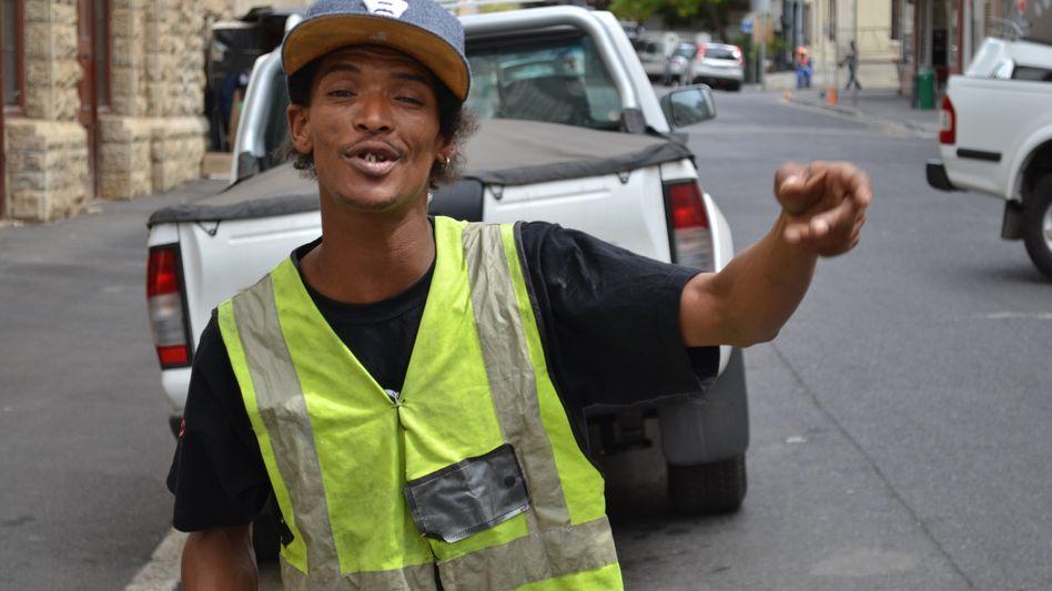 """Ex-Parkwächter Alen Abrahams: """"Ich habe dich auf YouTube gesehen, Mann!"""""""