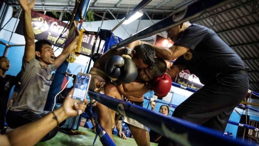 Fotostrecke: Kinder als Thaiboxer: Kinder im Ring