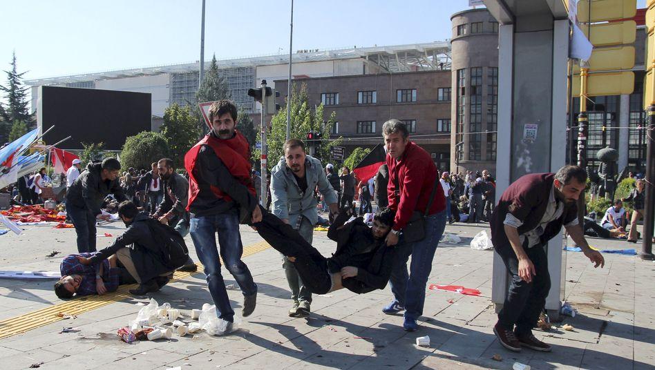 Tag der Explosion in Ankara: Mehr als 500 Verletzte, 102 Tote