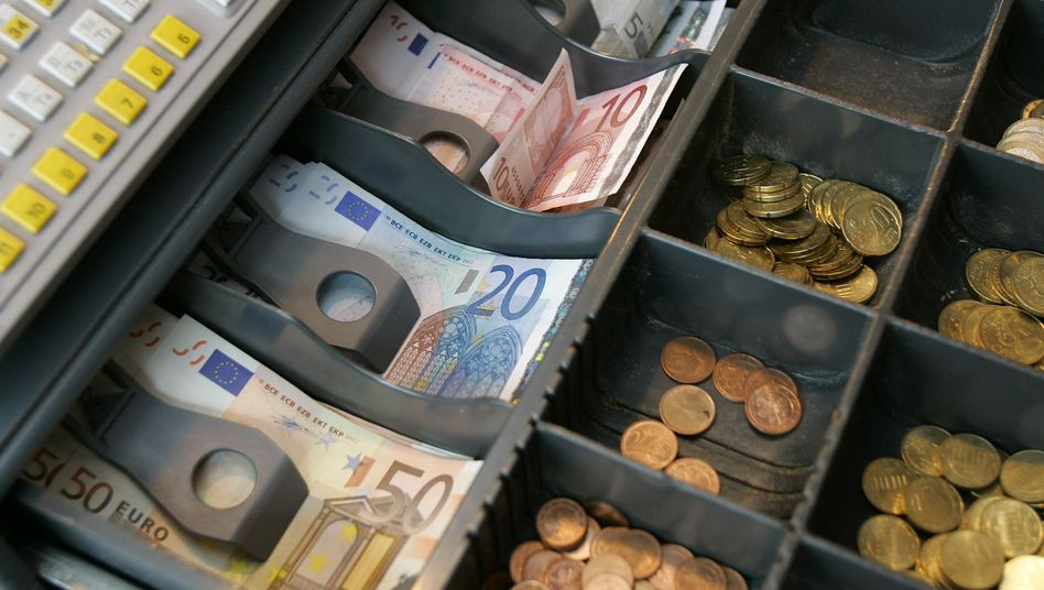 Wechselgeld in einer Kasse: Münzgeld soll teurer werden