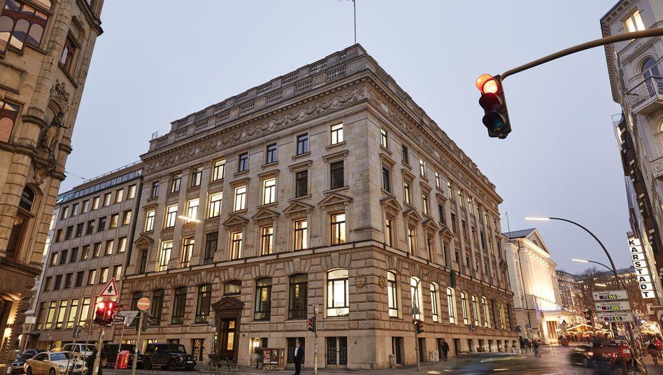 Warburg-Bank in der Hamburger Innenstadt