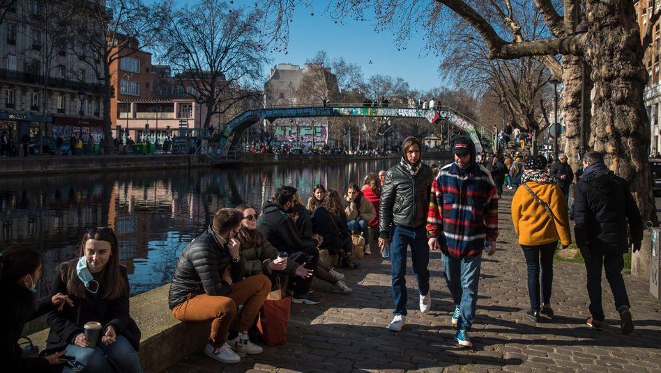 Paris: In Frankreich blieben die Infektionszahlen auch ohne Shutdown auf gleichem, aber hohem Niveau
