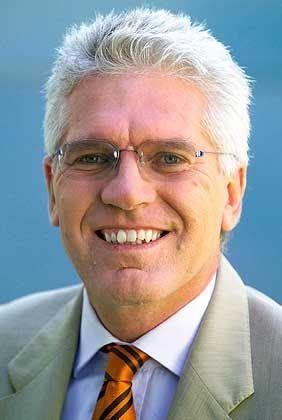 Telekom-Vorstand Lothar Pauly: Staatsanwaltschaft ermittelt seit Wochen