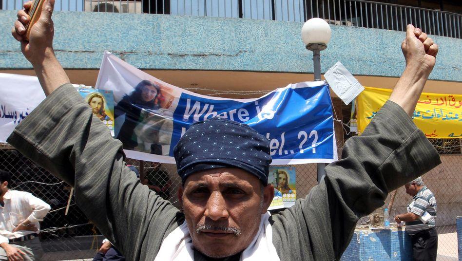 Proteste von Christen vor TV-Station: Kopten und Muslime gingen aufeinander los