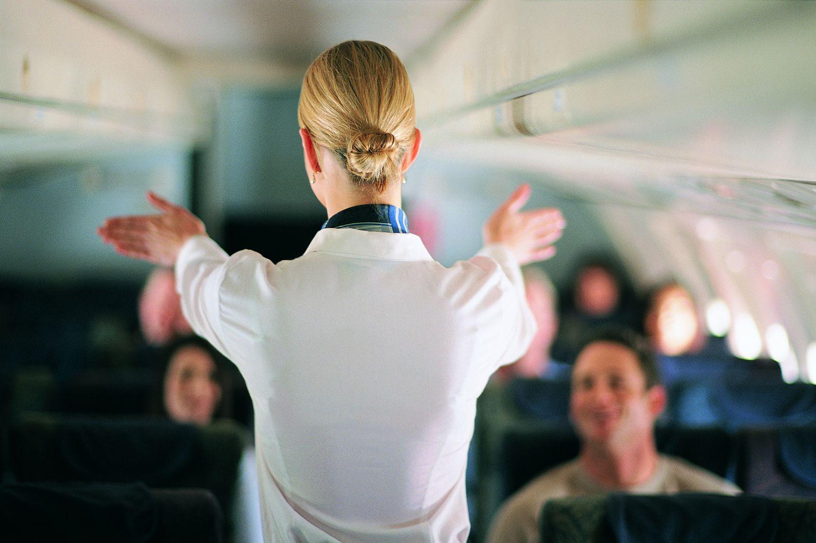 EINMALIGE VERWENDUNG Stewardess