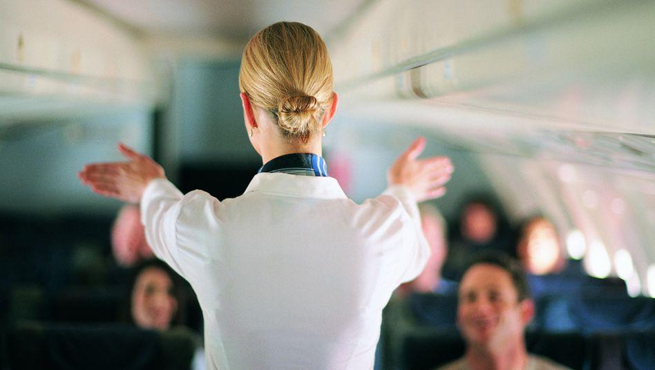 Eine Studie zeigt: Jeder zweite Flugbegleiter hat schon sexuelle Belästigung am Arbeitsplatz erfahren