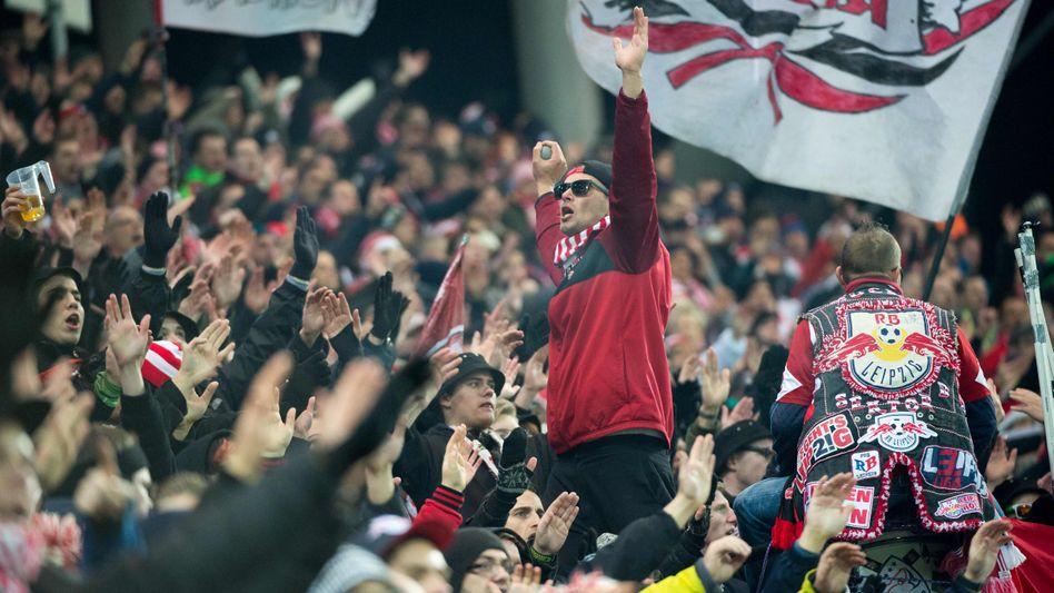 Fans von RB Leipzig (Symbolbild)