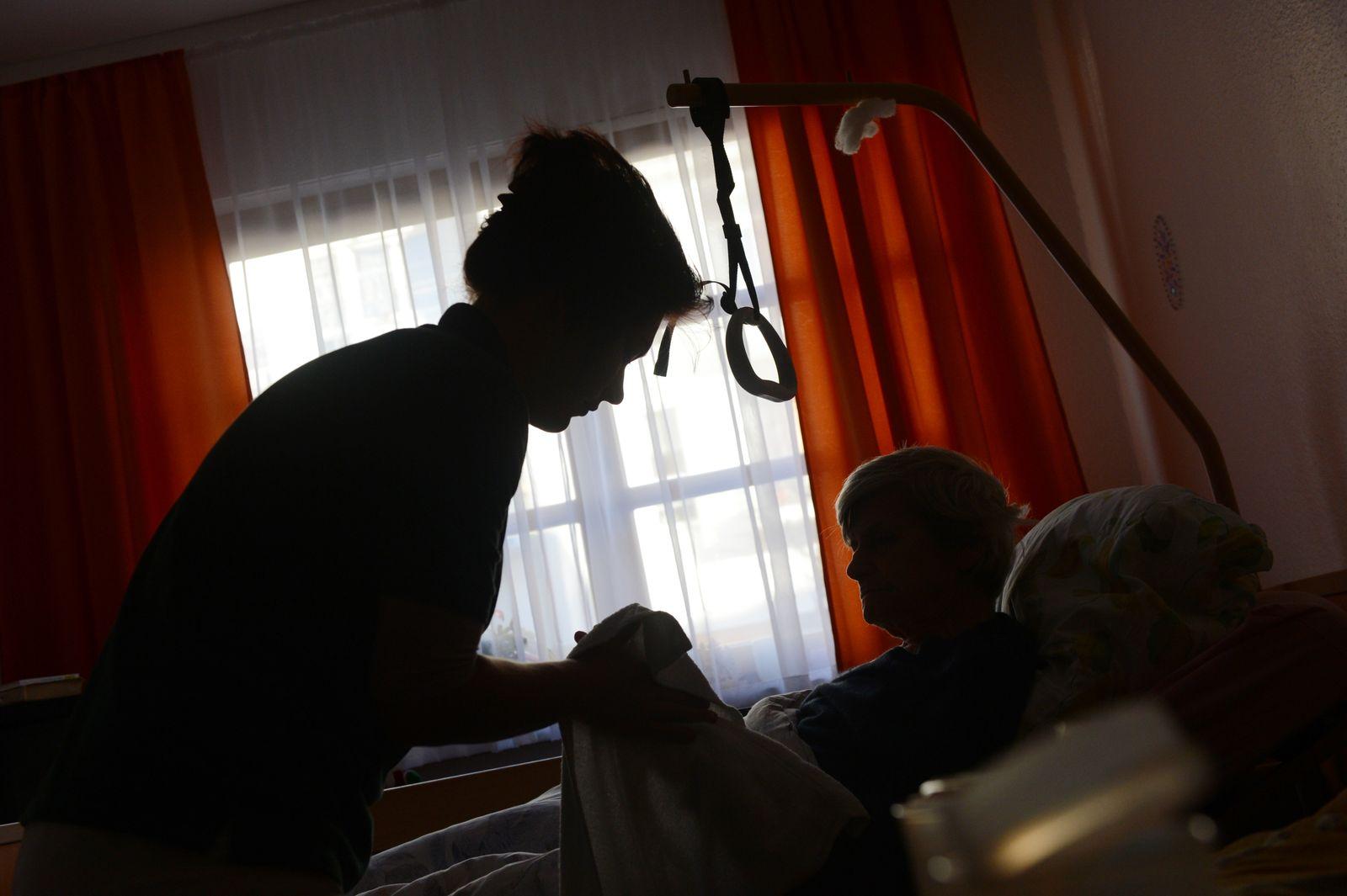 Verband: Ehrenamtliche Hospizarbeit nach wie vor Frauensache