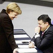 German Chancellor Angela Merkel and Environment Minister Sigmar Gabriel might be all smiles but they don't agree on Germany's nuclear energy policy.