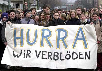 Schüler-Demo gegen Sparen an der Bildung