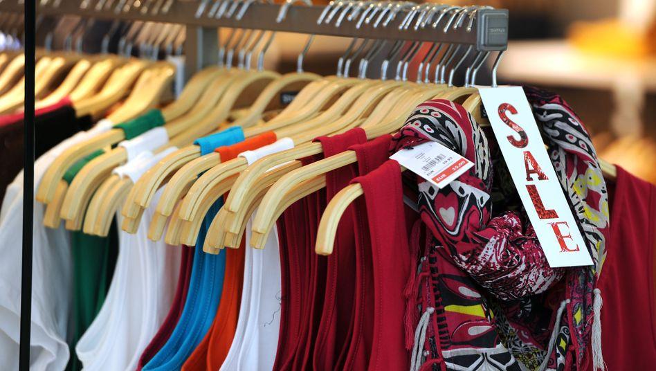 """""""Made in""""-Schilder auf Kleidung sind Usus: Bald soll jedes Produkt gekennzeichnet werden."""