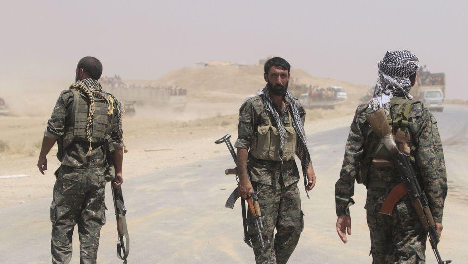 Kurdische YPG-Einheiten im Irak (Archivbild): Rocker behaupten, sie vor Ort zu unterstützen