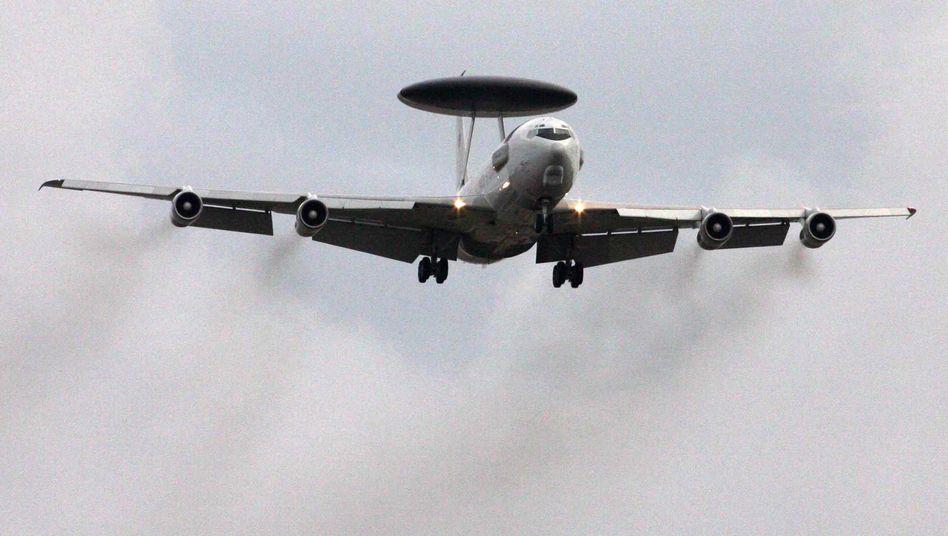 """Awacs-Aufklärungsflugzeug der Nato: """"Dieses Angebot wird wohl angenommen werden"""""""