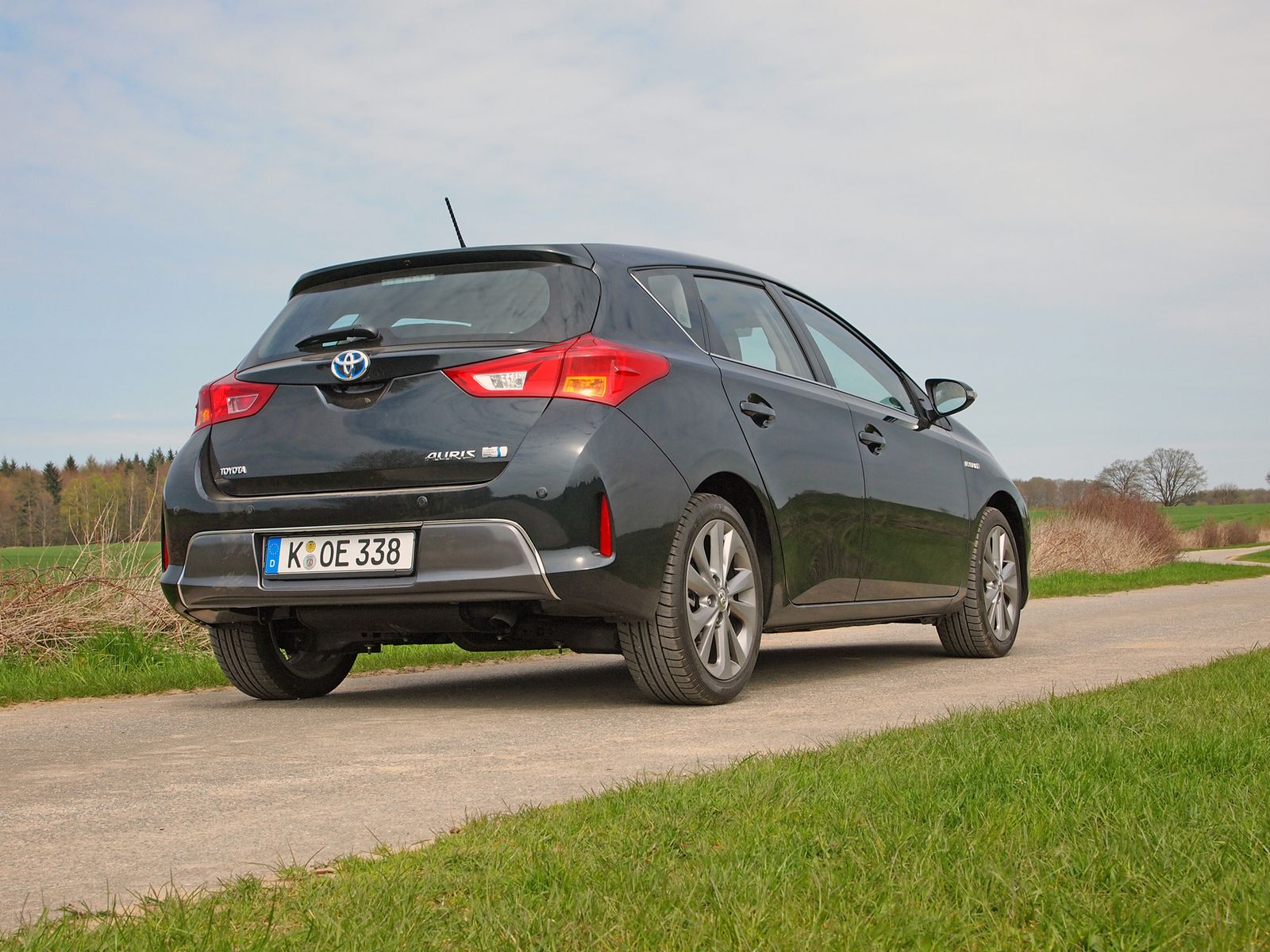 2013 / Toyota Auris Hybrid