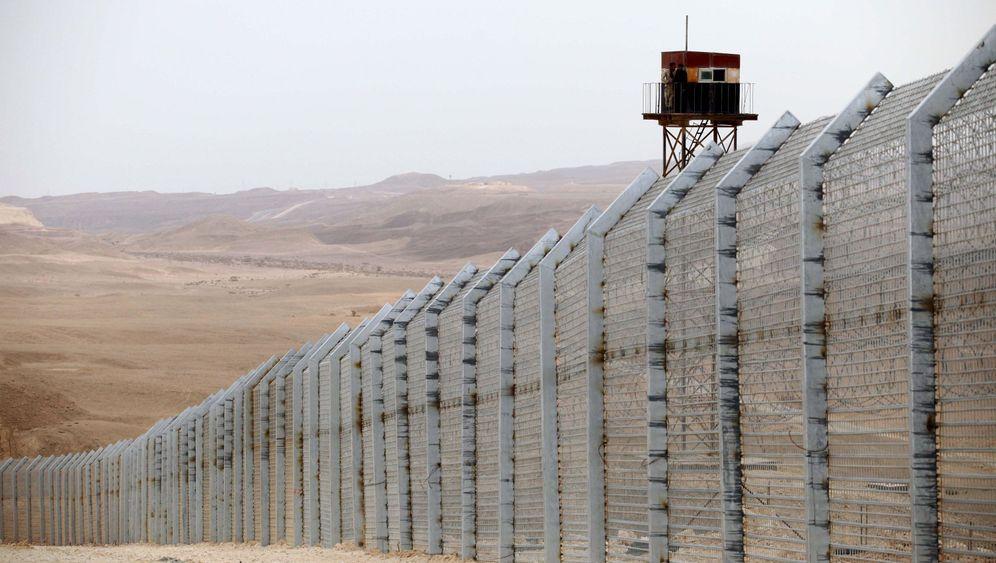 Photo Gallery: Israel's Increasing Skepticism of its Neighbors