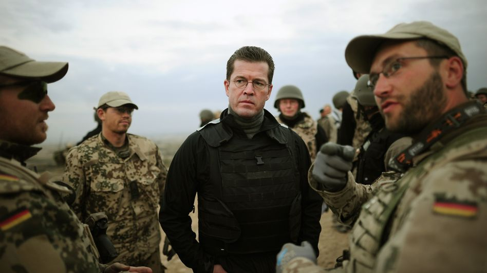 """Verteidigungsminister Guttenberg: """"Verantwortungsvolle Grundlagen"""""""