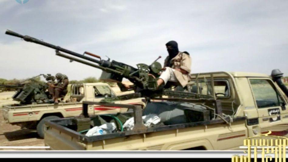 Islamistischer Kämpfer in Mali: Frankreich mit Truppen im Land