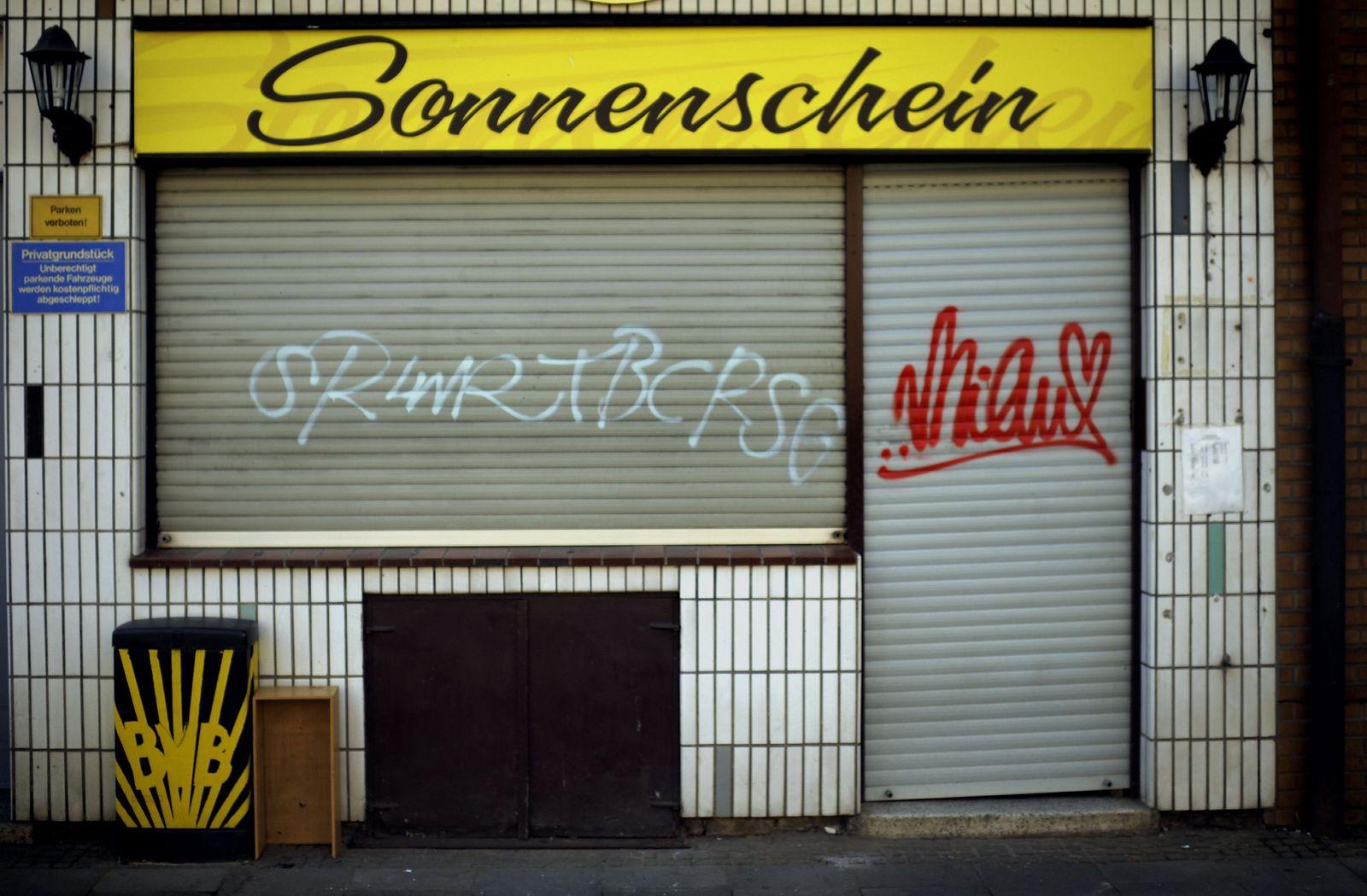 NICHT VERWENDEN Soli Nordrhein-Westfalen Kneipe Verfall