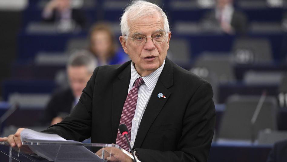 """EU-Kommissionsvize Josep Borrell hat junge Klimaaktivisten erst kritisiert und ihnen nun seine """"volle Unterstützung"""" zugesichert"""