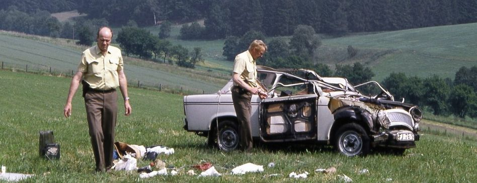 Verkehrsunfall mit Trabant bei Herleshausen 1990: Kolonnen klappriger Kleinwagen