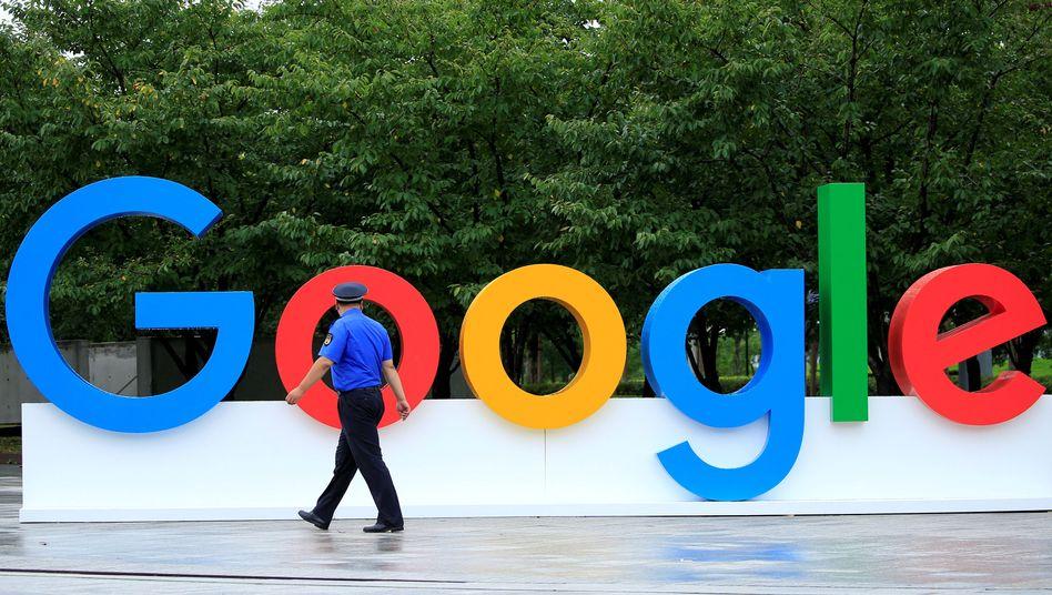 Google-Schild (Symbolbild)