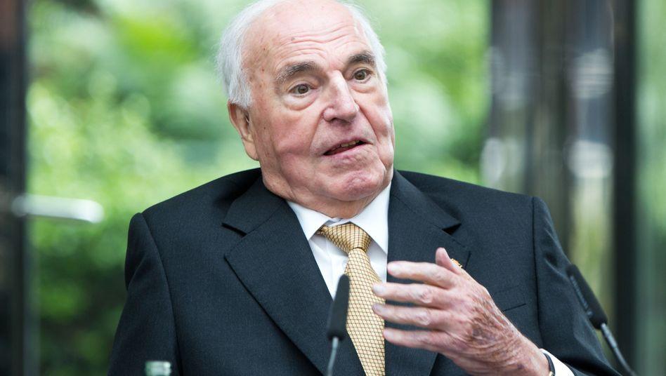 """Altkanzler Kohl: """"Keine Planungen"""" für Gründung einer Stiftung"""