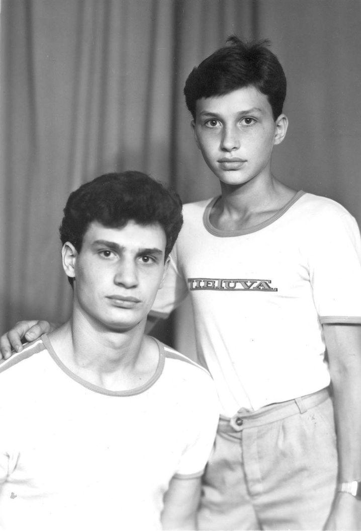 Wladimir Klitschko (r.) und Bruder Vitali als Jugendliche