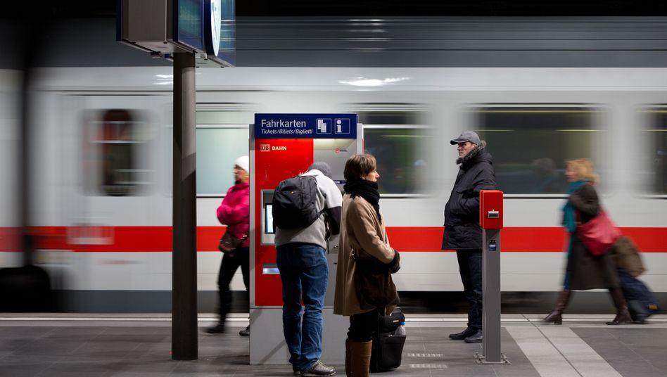Fahrkartenautomat am Berliner Hauptbahnhof: Keine Tickets für Konkurrenten
