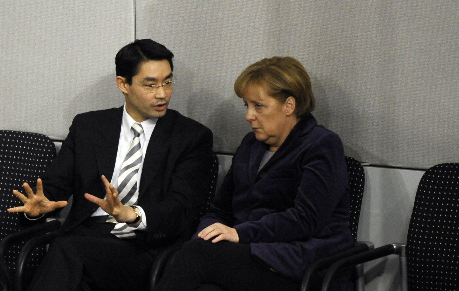 NICHT VERWENDEN Rösler Merkel Bundestag