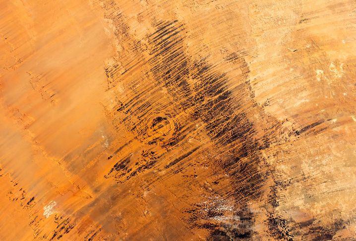 Asteroidenkrater in der Sahara im Tschad