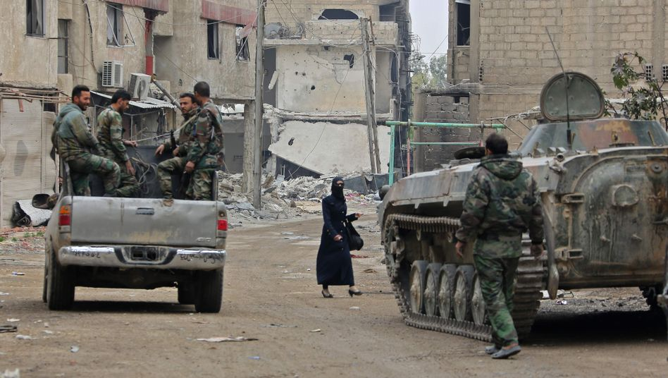 Syrische Regierungstruppen in Ost-Ghuta