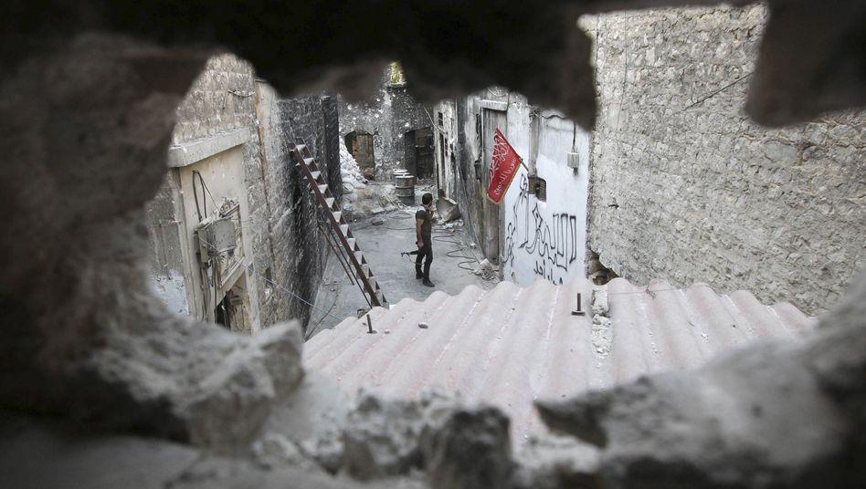 Rebellenkämpfer in Aleppo: Militärschlag würde gebilligt