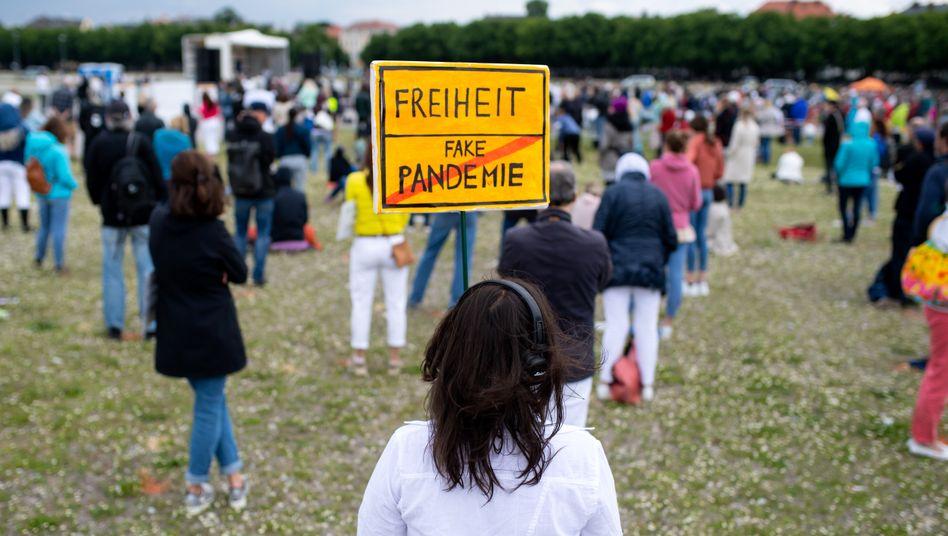 Demo gegen die Corona-Schutzmaßnahmen in München (im Mai)