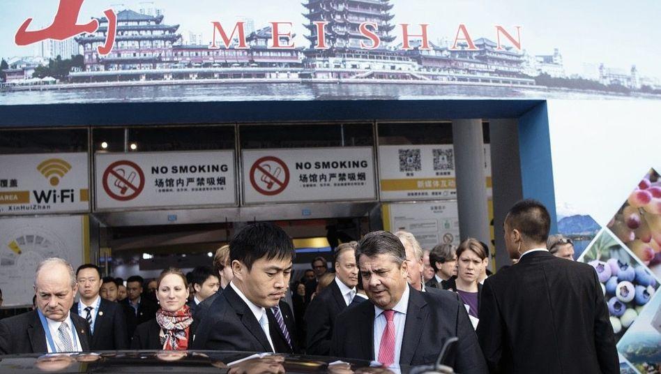 Minister Gabriel in Chengdu