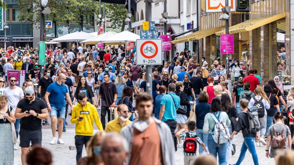 Fußgängerzone in Ulm: Viele Menschen sind politisch ungebunden