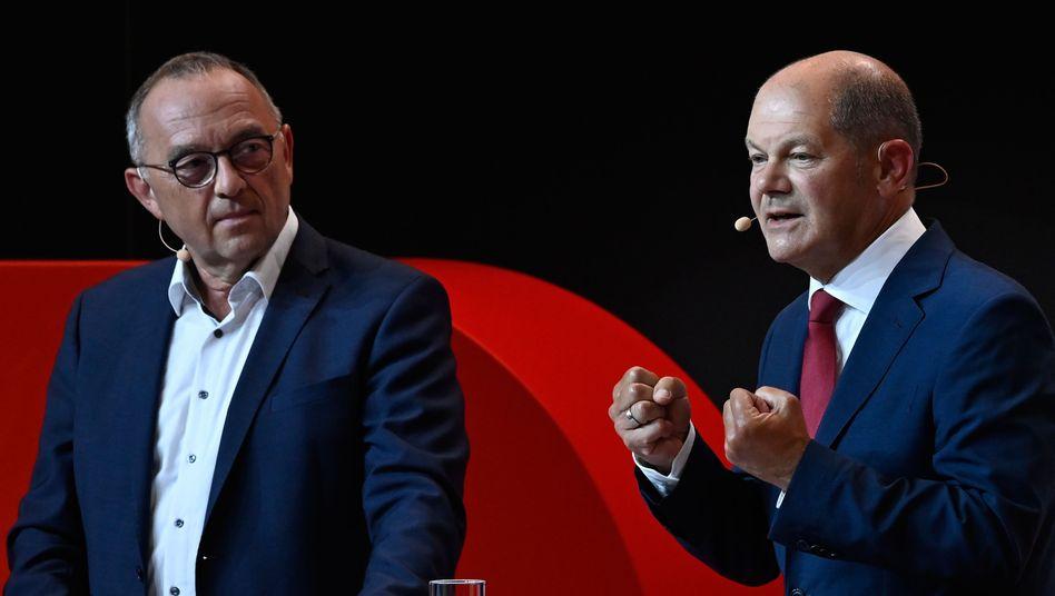 SPD-Chef Norbert Walter-Borjans und Kanzlerkandidat Olaf Scholz