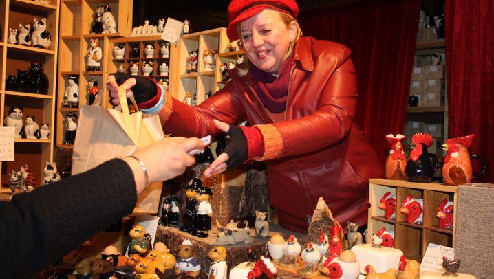 Weihnachtsmarkt in Birmingham: Bratwurst und Blasmusik