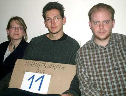 """Trio im Hungerstreik: """"Wenigstens unseren Unwillen ausdrücken"""""""