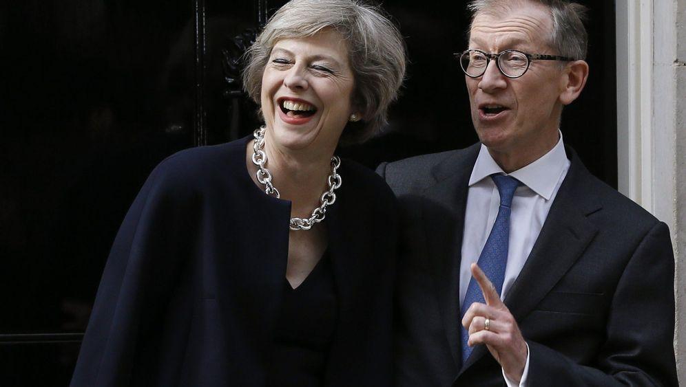 10 Downing Street: Die Camerons ziehen aus, May kommt