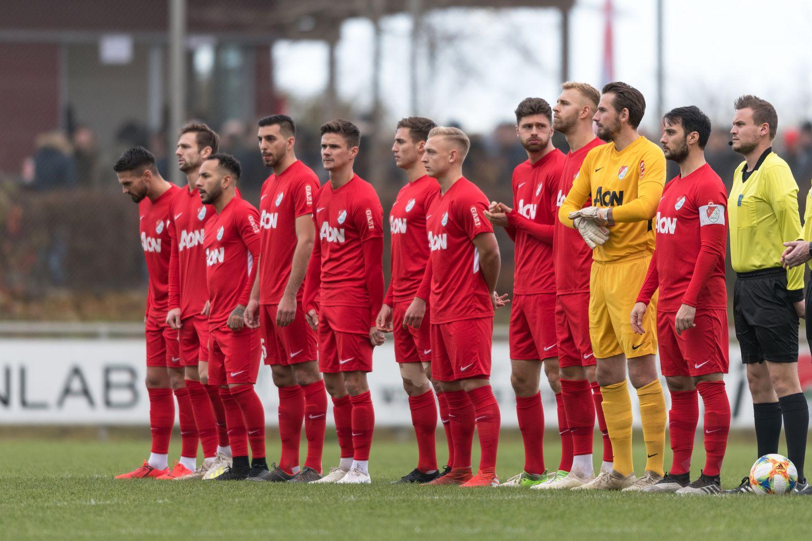 Fußball, Regionalliga Bayern, Türkgücü München - TSV Buchbach Im Bild Startelf von Türkgücü München. Heimstetten Sportpa
