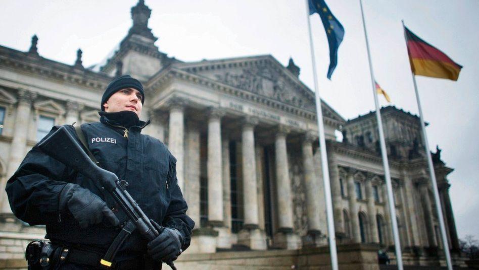 Mögliches Terrorziel Reichstag: Besonnener Umgang mit der Gefahr