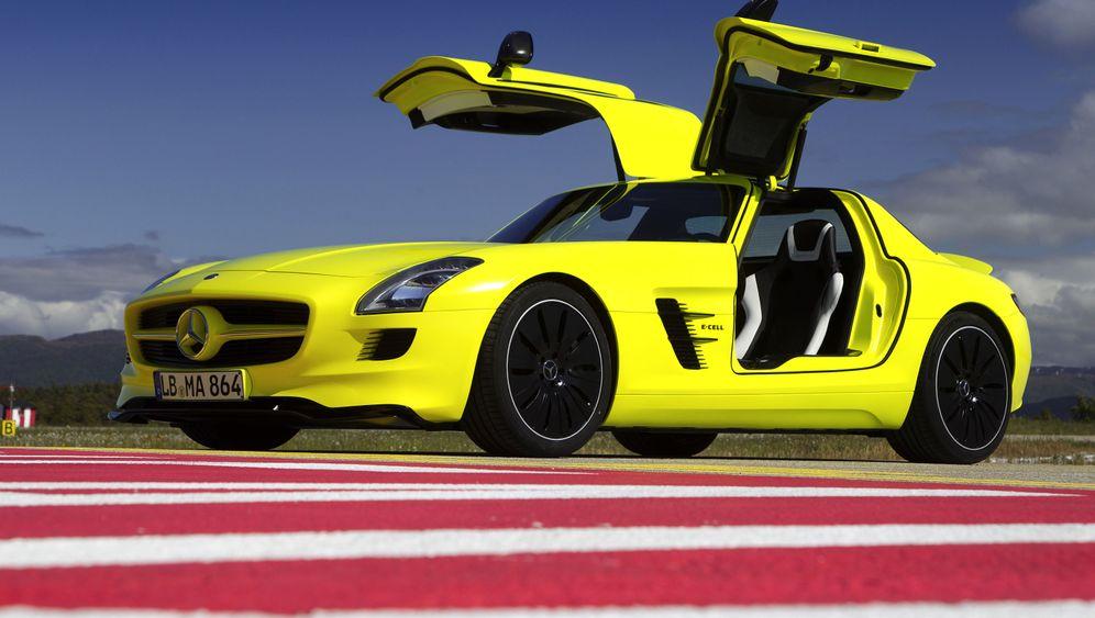Mercedes AMG SLS E-Cell: Stromstoß für den Flügeltürer