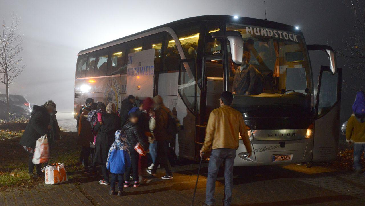 """Andreas Kossert über Flüchtlinge und Asylrecht: """"Man schaut auf die Neuen herab"""""""