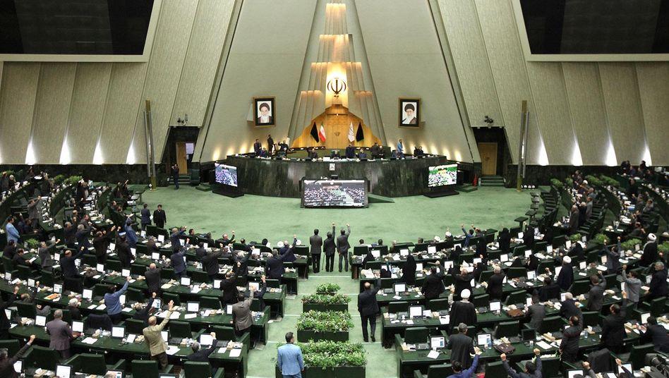 Iranisches Parlament (Archivbild): Chance auf eine Neuauflage?