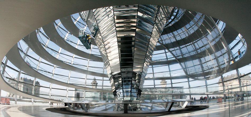 Reichstagskuppel: Abgeordnete sollen über ihre Daten entscheiden dürfen