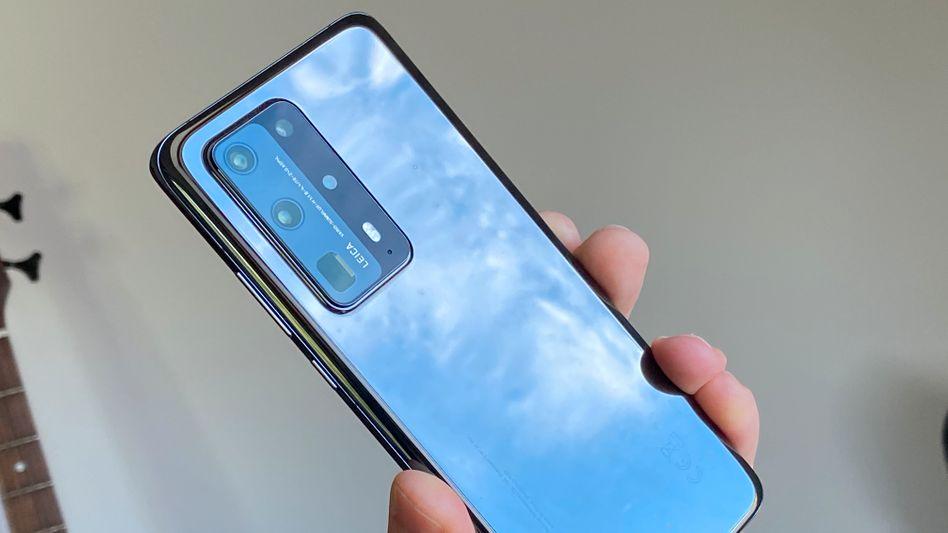 Das neue Top-Smartphone von Huawei hat ein langes Periskop und keine einzige Google-App an Bord