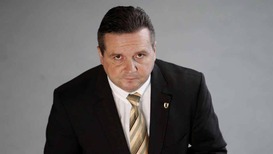 Ex-Landesvater Mappus (im Oktober 2010): Ermittlungen wegen Verdachts auf Untreue