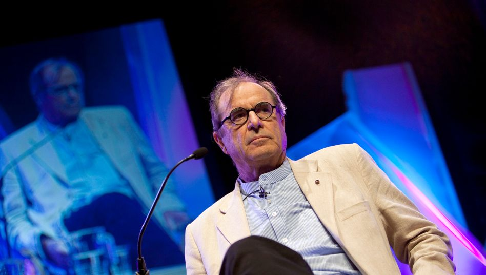 Paul Theroux 2011