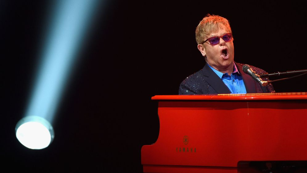 Elton John: Popstar vermisst Freund George Michael