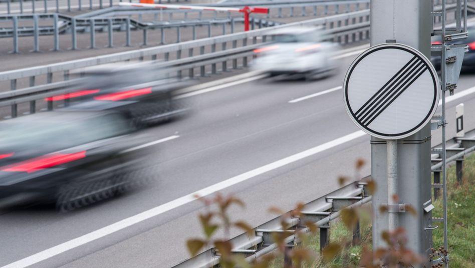 Autobahnabschnitt ohne Geschwindigkeitsbegrenzung